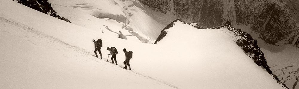 Ascent of the Refuge du Goûter (3,870m), Chamonix, France